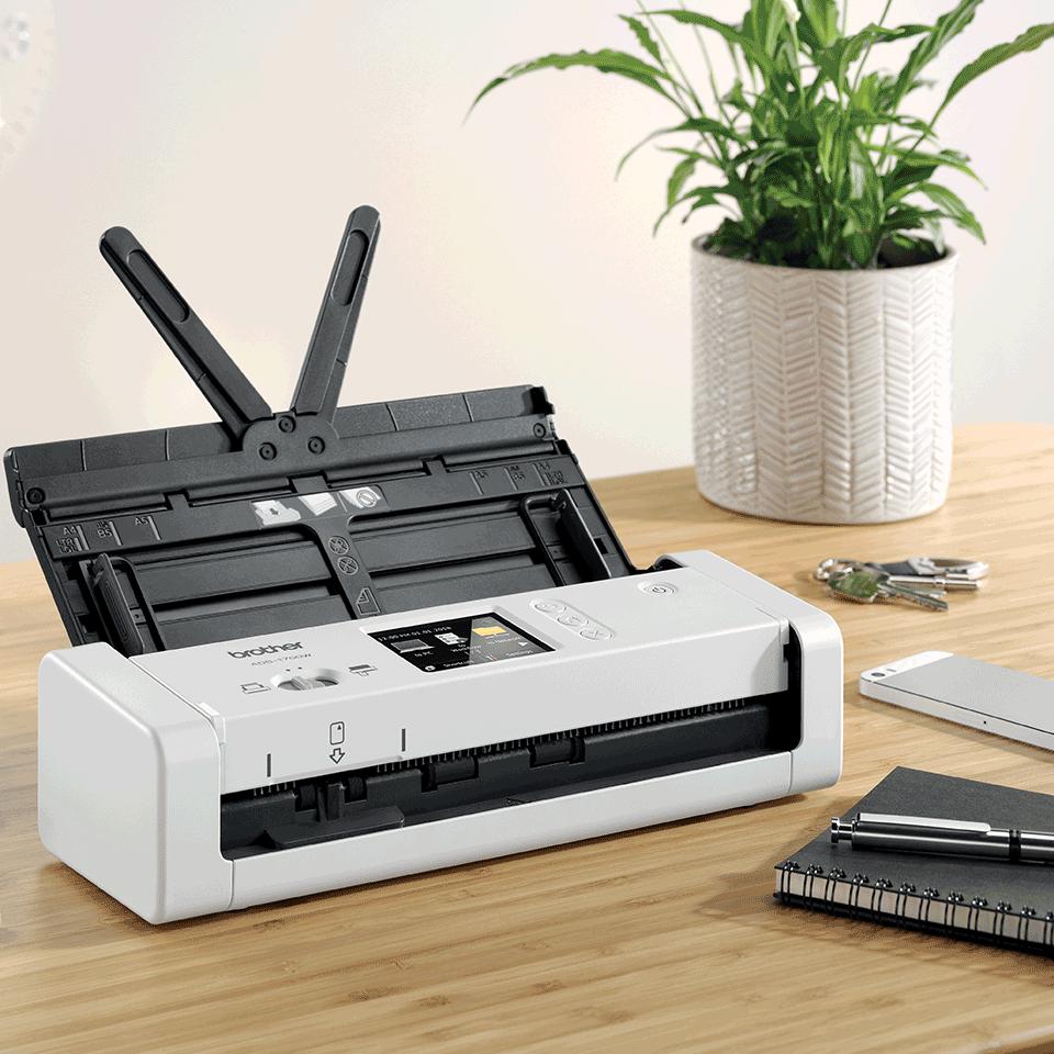 Компактный сканер документов ADS-1700W 6