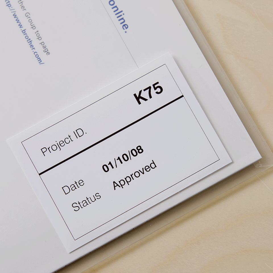 Brother DK22212: оригинальная неразрезанная отделяемая пленка для печати наклеек черным на белом фоне, 62 мм. 2