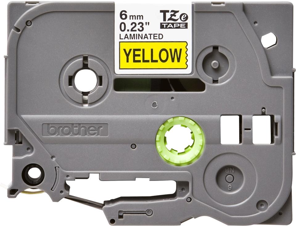 Brother TZe611: оригинальная кассета с лентой для печати наклеек черным на желтом фоне, ширина 6 мм.